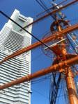 070127ランドマークタワーと日本丸